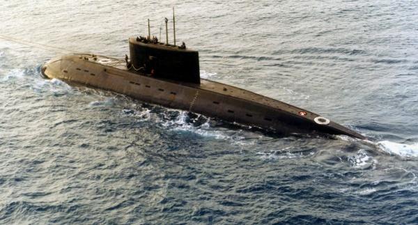 Russian Kilo-class submarine 02