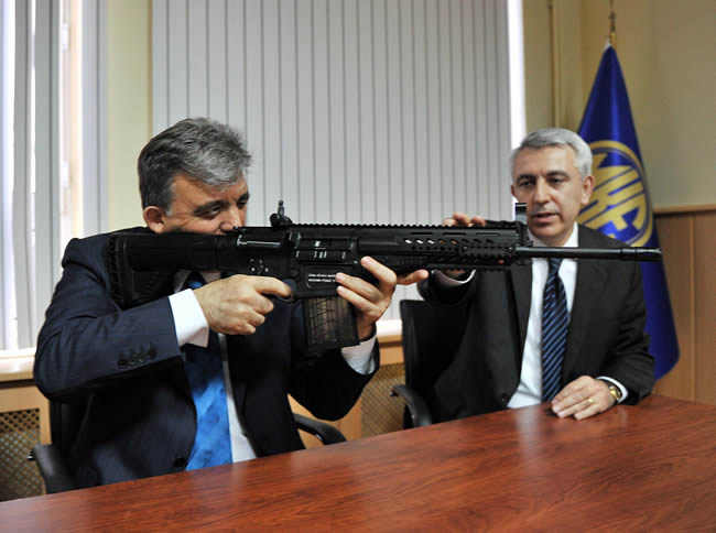 تقرير: تركيا ستصبح من أكبر مصدري الصناعات العسكرية إلى آسيا والباسيفيك Turkish-mkek-rifle