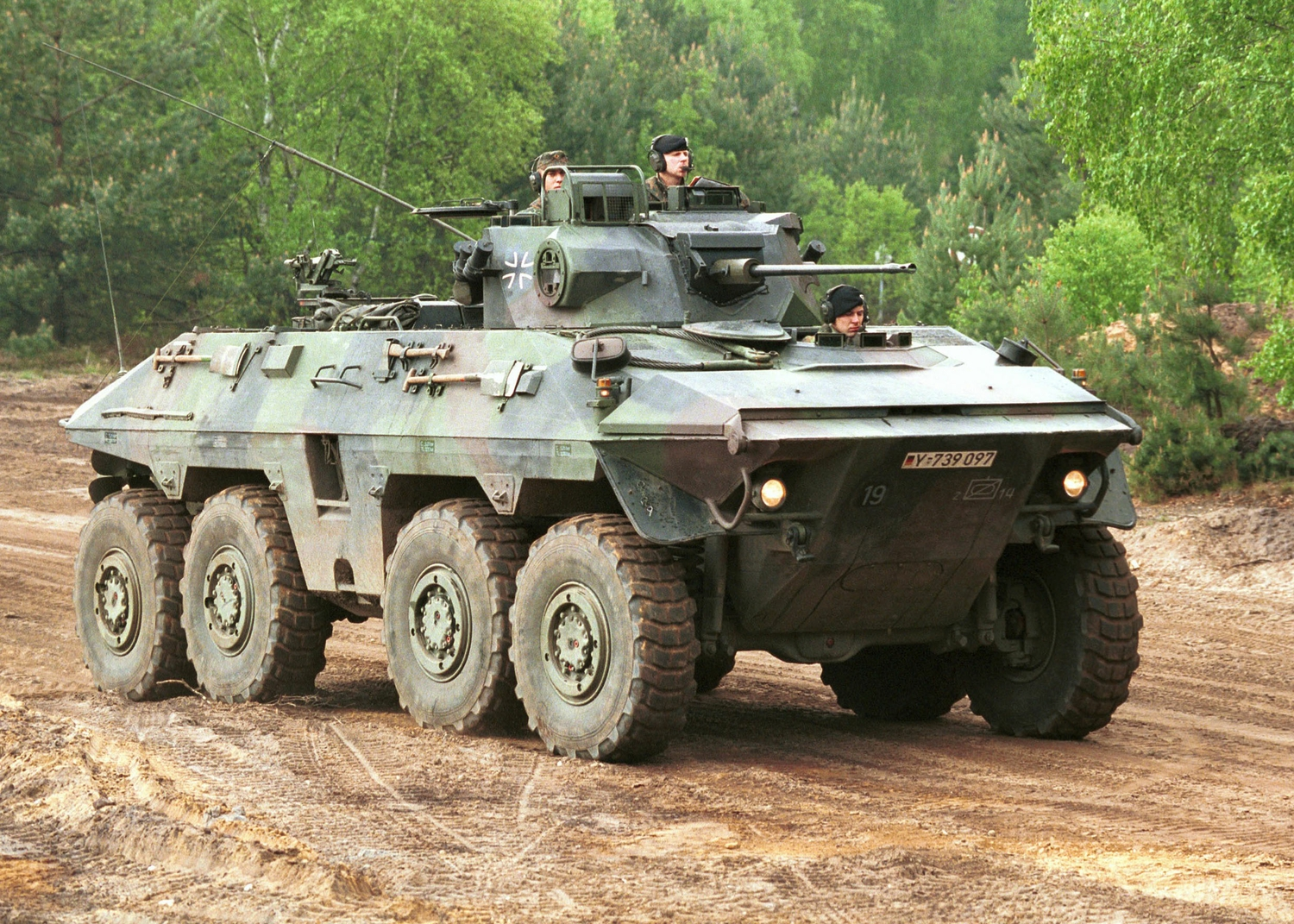 remote control army jeep with The Eight By Eight Apcs Transforming Modern War on Best Used Suvs For Sale In Somerset Ma P100014 L124976 also Trabajo Para Maestros in addition Xnxx Coon besides 197525133628345003 as well Steps To Get Colouring Pages 1.