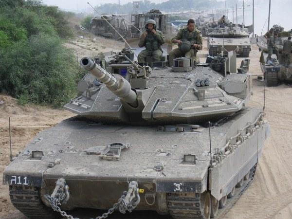Israeli Merkava 4 column