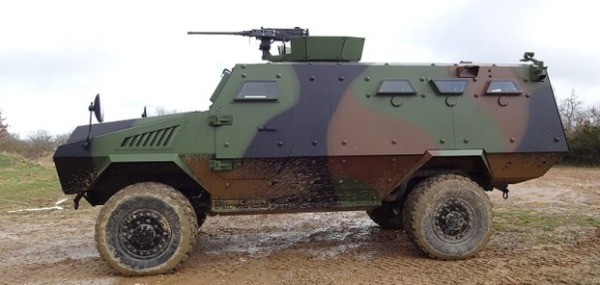 French Bastion 4x4 APC 01