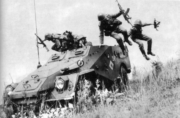SOviet BTR-40 4x4 APC 02