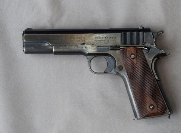 US .45 pistol