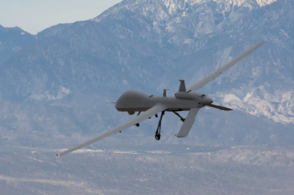 US General Atomics Gray Eagle 02