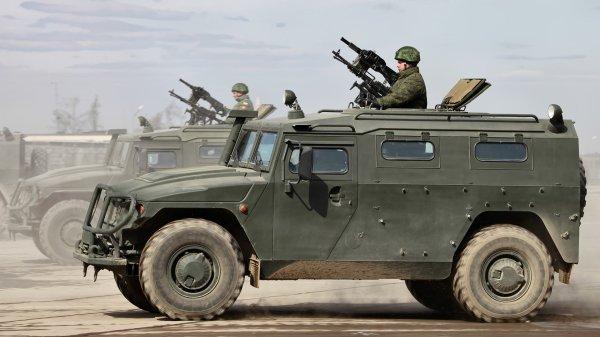 Russian GAZ Tiger side view