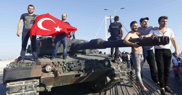 Turkish Leoaprd 2 MBT 01 2016