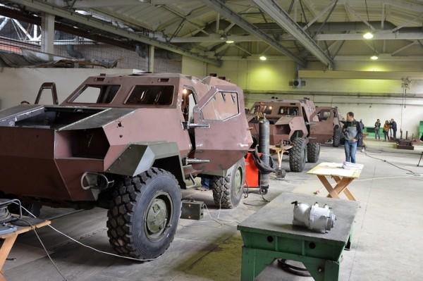 ukrainian-dozor-4x4-production-line-02